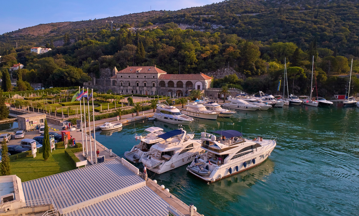 Split, 08/2018 ACI marina Dubrovnik Davor Zunic / Petar Fabijan